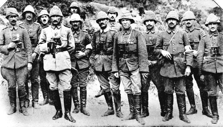 canakkale zps7jnkxeze - Çanakkale Zaferinde Mehmetçiği Siperine Çivileyen Emir