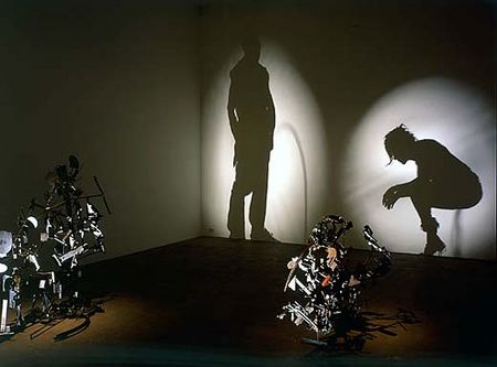 Tim Noble ve Sue Webster'dan Çöp Gölge Sanatı - karma