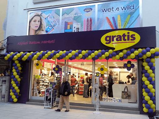 İzmir Dikili Gratis Mağazası Açıldı