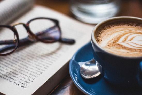 """hikaye siir kitap - Her Gün Bayram """"Can Dündar"""""""