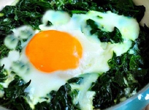 Kansızlığa Karşı Ispanaklı Yumurta