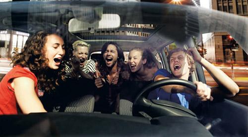 [Güncel Spotify Listesi ile] Arabada Dinlemelik Müzikler!