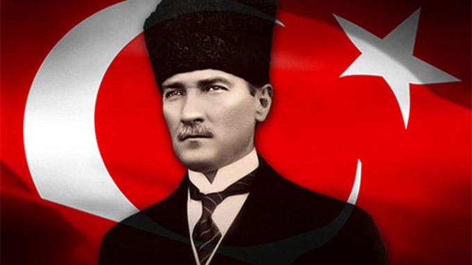 """mustafa kemal ataturk - Turgut Özakman'ın Kaleminden """"Dersimiz Atatürk"""""""