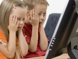 Çocukları İnternetin Tehlikelerinden Korumak