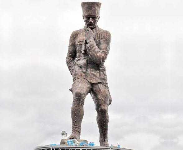 turkiyenin en buyuk heykeli artvine yapildi 40931 5262660069 - Türkiye'nin En Büyük Atatürk Heykeli Artvin'e Yapıldı